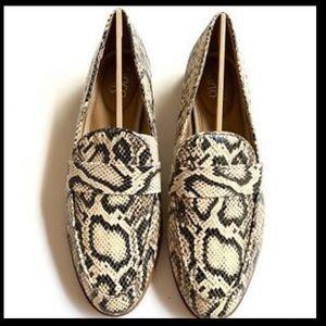 NWOT Franco Sarto Hudley Vanilla Snake Loafer
